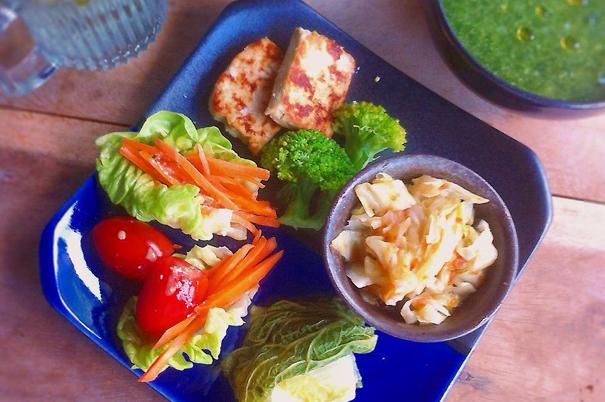 10 best vegetarian restaurants in chiang mai thailand